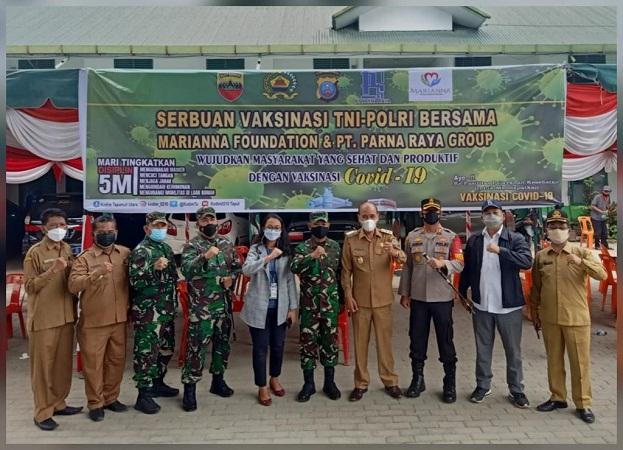 Kodam I/BB Beserta Poldasu Menggelar Serbuan Vaksinasi TNI-Polri di Kab Samosir