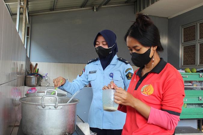 Narapidana Lapas Perempuan Kelas IIB Bengkulu Semakin Produktif di Tengah Masa Pandemi Covid-19